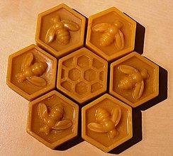 Suroviny - Včelí vosk - 10464164_
