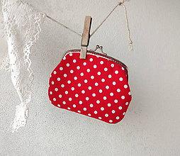 Peňaženky - Peňaženka XL Červená s bodkami - 10460737_