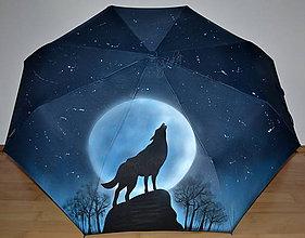 Iné doplnky - ručne maľovaný dáždnik - vlk - 10461719_