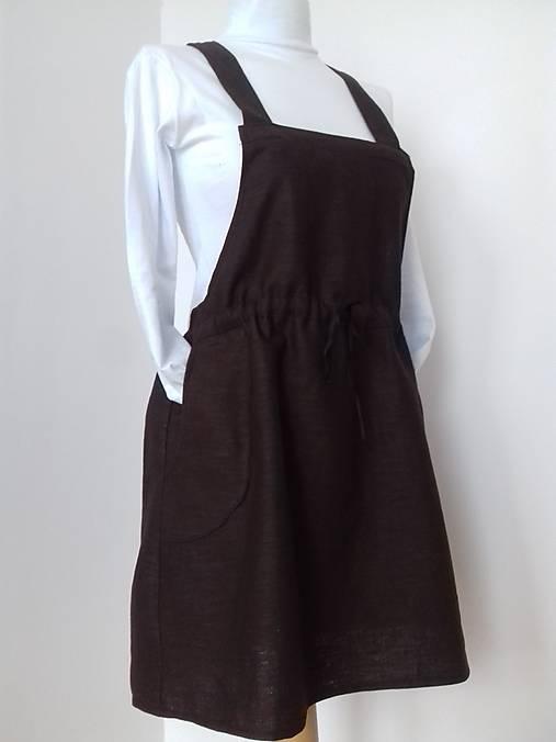 Mini šaty na traky