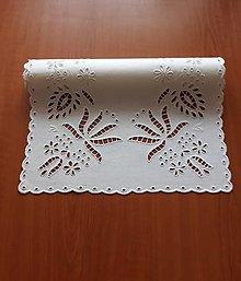 Úžitkový textil - Richelieu - Ľudová tvorba, biela,  66,5 x 36 cm - 10464521_