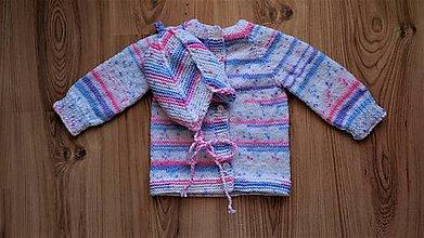 Detské súpravy - Ručne pletený sveter a čiapka - 10466450_
