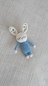 Hračky - Háčkovaný zajko - 10469089_