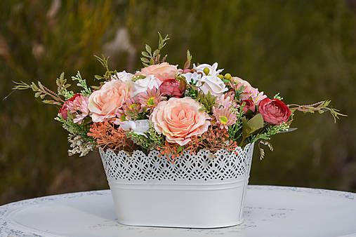 Vintage dekorácia s ružami