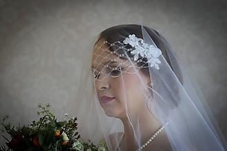 Ozdoby do vlasov - Snehobiely svadobný francúzsky závoj - 10468922_