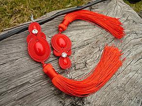 Náušnice - Soutache náušnice CARMEN červené strapcové - 10472904_