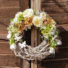 Dekorácie - Jarný veniec na dvere - 10471441_