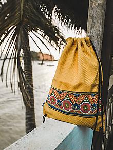 Batohy - Žiarivožltý batoh / ruksak VINITHA Hippie - 10473351_