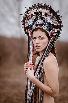 Ozdoby do vlasov - Folklórna (ne)tradičná svadobná parta - 10472007_