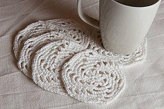 Úžitkový textil - Podšálky háčkované - biele - špirála - 10474841_
