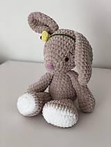 Hračky - Háčkovaný zajko Lou / Crochet bunny Lou - 10476921_