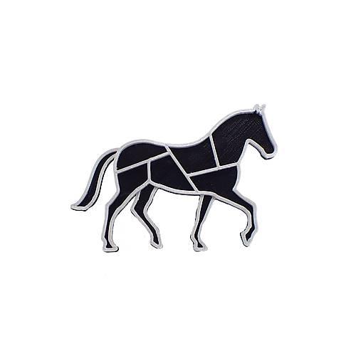 Kôň black/silver