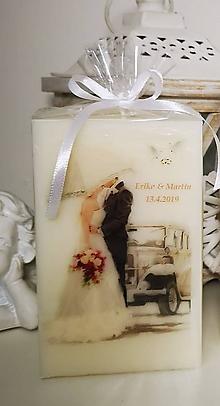 Svietidlá a sviečky - Svadobná sviečka veľký hranol Vlastné mená a dátum. - 10476022_