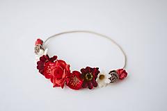 Ozdoby do vlasov - Červená elastická čelenka s kvetinami - 10477295_