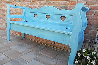Nábytok - vidiecka lavička so srdiečkami TYRKYS - 10476148_