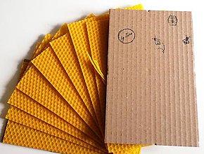 Iný materiál - Sada na výrobu sviečok - včelí vosk - 10477863_