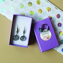 Sady šperkov - Strieborné trblietavé sklenené náušnice + prsteň - 10478474_