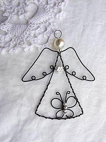 6c1177c2f3 Dekorácie - anjelik s motýlikom... - 10478969