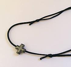Náramky - Náramok krížik - 10480195_