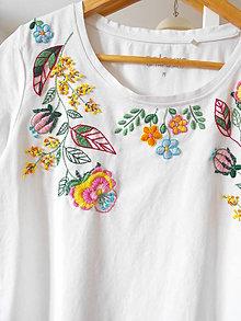 Tričká - tričko vyšívané - 10479229_