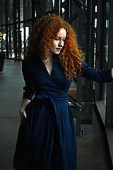 Šaty - Zavinovací šaty MONA, indigo modrá - 10483160_