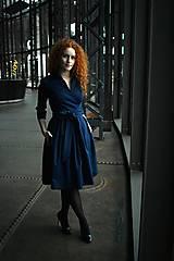 Šaty - Zavinovací šaty MONA, indigo modrá - 10483162_