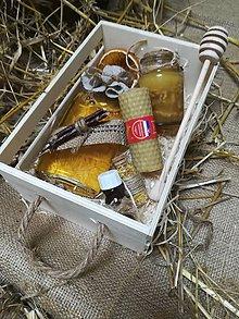 Potraviny - Debnička  plná včelích darov - 10486046_