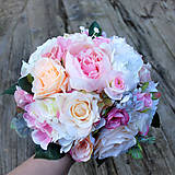 Svadobná kytica pastelová ružovo marhuľová