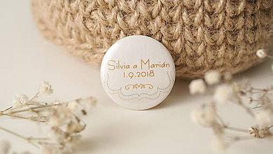 Darčeky pre svadobčanov - Svadobný odznak, svadobná brošňa, button - 10486923_