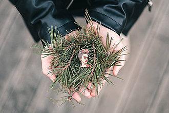 Odznaky/Brošne - Drevená brošna - Dear Frida - 10487012_
