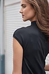 Šaty - Rovné šaty s bočnými vreckami BLACK & WHITE COLLECTION - 10489159_