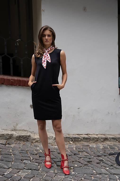 Rovné šaty BLACK & WHITE COLLECTION