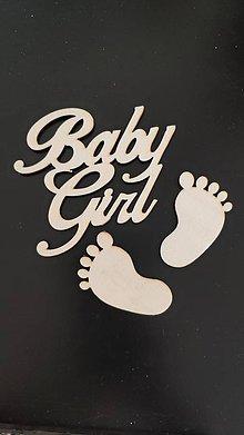 Drobnosti - Nápis Babyboy alebo Babygirl + silueta nožičiek - 10487760_
