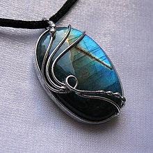 Náhrdelníky - Motýlí sen - 10488551_