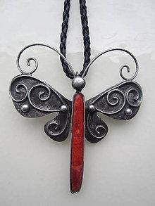 Náhrdelníky - Leť motýľ - 10491398_