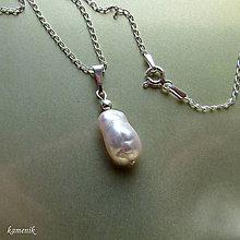 """Náhrdelníky - Perla typu """"biwa"""" na stříbrném řetízku - 10495954_"""