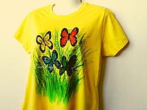 Tričká - Motýle v tráve - ručne maľované tričko - 10494142_