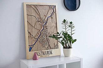 Dekorácie - Nástěnná drevena mapa Kežmarok - 10496296_