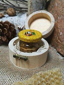 Potraviny - Med s orechmi s motívom medveďa v darčekovej krabičke - 10493738_