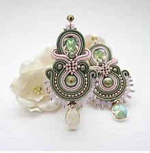 Náušnice - Princezná z olivových hájov /plesové šujtášové náušnice, pozlátené zapínanie/ - 10498229_