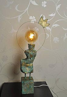 Svietidlá a sviečky - Kráľovná - 10500088_
