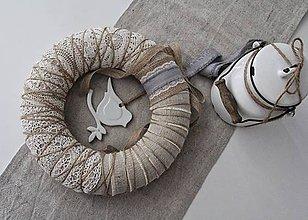 Dekorácie - Rustikálny veniec na dvere ~vtáča~ - 10498471_