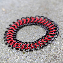 Šperky - Pružný Evropan II (červeno-černý) - pánský náramok - 10500565_