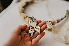Pierka - Hnedé romantické pierka - 10500307_