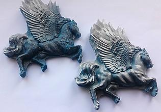 Drobnosti - Sadrová magnetka -kôň - 10501541_