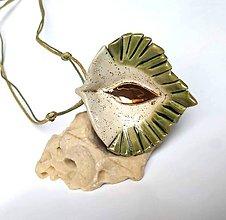 Náhrdelníky - Keramický šperk zo zlatom. - 10502945_