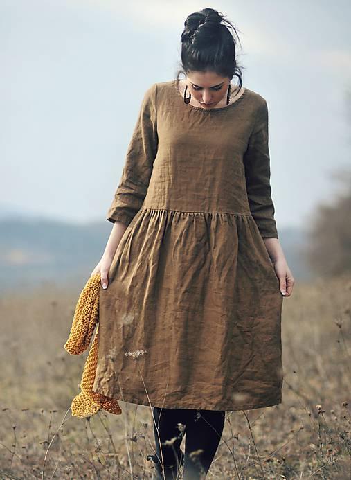 Lněné šaty Tmavá skořice