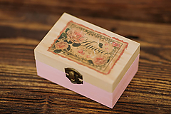 Krabičky - Drevená krabička - šperkovnica - Amour - 10507229_