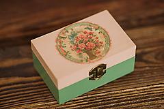 Krabičky - Drevená krabička - šperkovnica - Ruže - 10507231_