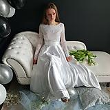 - Svadobné šaty s dlhým rukávom a kruhovou saténovou sukňou - 10506604_